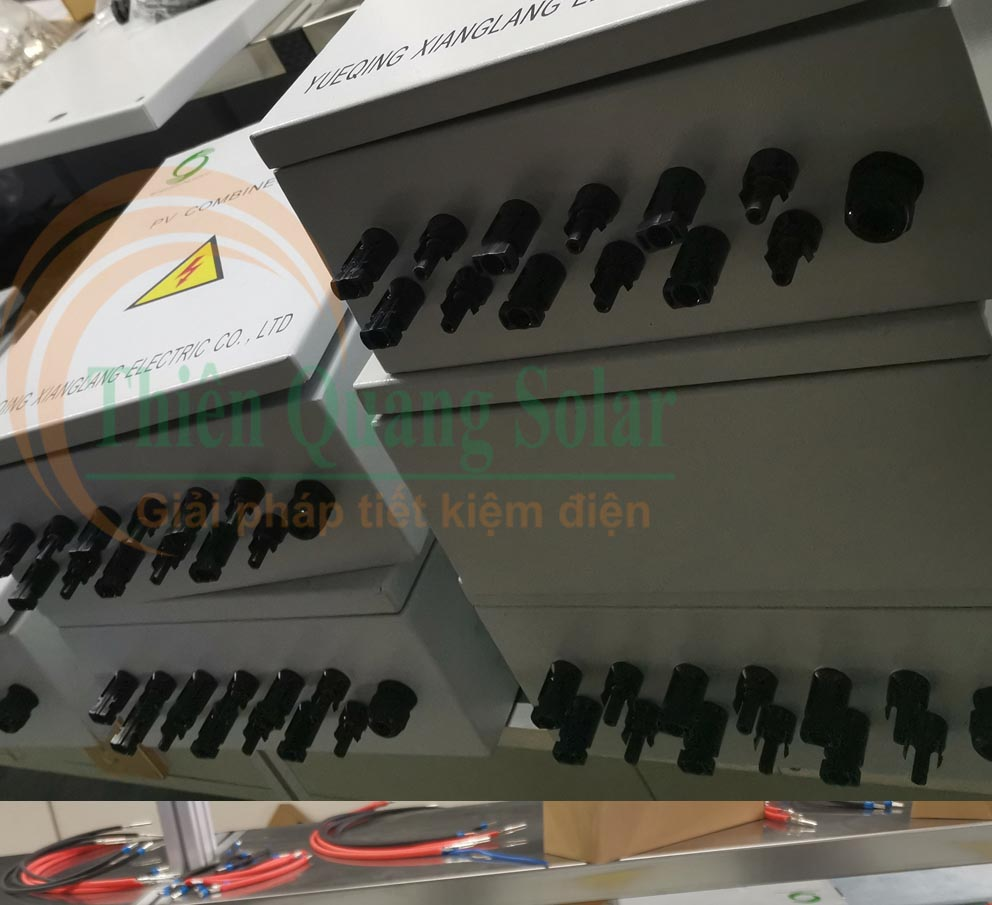 Đầu nối MC4 để gắn tủ điện năng lượng mặt trời